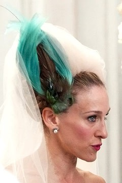 sarah-jessica-parker-sex-and-city-wedding-headpiece-240sd05242010